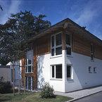 Kombination Putz-und Lärchenfassade - Bürogebäude in Grünwald