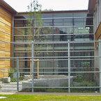 Robert Blum Grundschule in Frankfurt - u-förmige Gesamtansicht