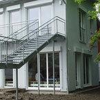 Aussentreppe Kindergarten Regenbogen in Neu Ulm