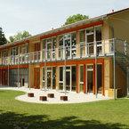 Kindergarten St. Johannes in Taufkirchen - Gartenseite