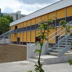 Stahltreppen dienen als Fluchtweg bei den Kooperationseinrichtungen in München