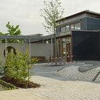 Fassade mit Faserzementplatte bei Kinderland Poing 2.BA
