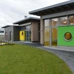 Betriebskindergarten in moderner Holz-Hybrid-Bauweise - Gartenansicht