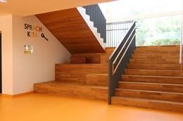 Kita Heidenheim Treppe 1.JPG