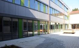mega-investition-schule-holz-hybridbau-huettlingen.jpg